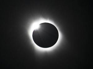 http://photoblog.wildernesstravel.com/wp-content/uploads/2013/10/Rom-Welborn-clientOK-TahitiEclipse-EclipseRing-300x224.jpg