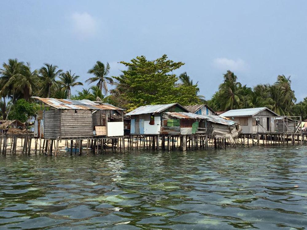 Karin-Betts-Borneo-Kalapuan-village